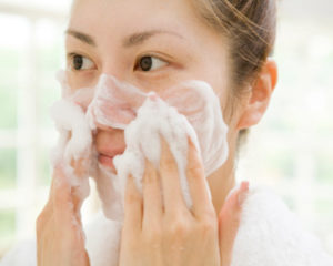 How To Deal With Your Acne